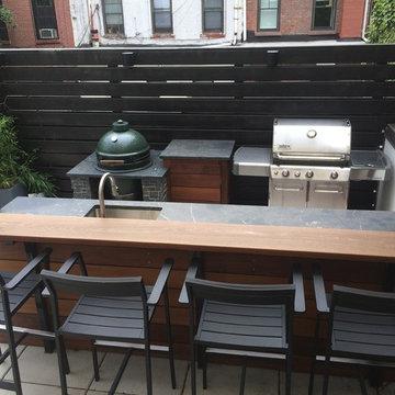 outdoor kitchen/bar