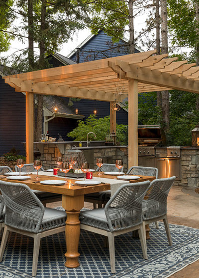 Traditional Patio by Ispiri Design-Build