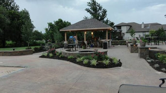 Outdoor Kitchen, Patio, and Pergola
