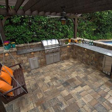 Outdoor Kitchen Photos