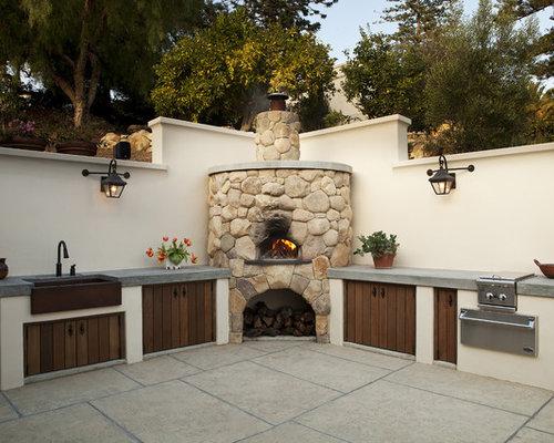 best mediterranean patio design ideas remodel pictures houzz. Black Bedroom Furniture Sets. Home Design Ideas