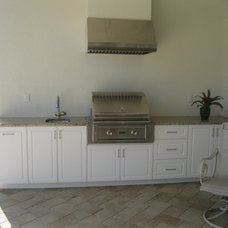 Tropical Kitchen by H & R Cabinets Inc