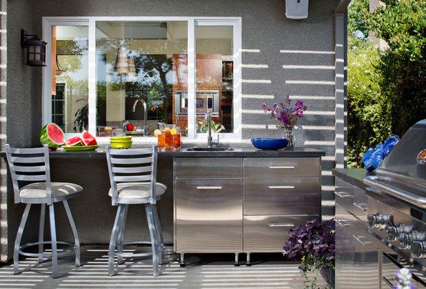 Contemporain Terrasse et Patio by The Home Improvements Group, Inc.