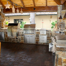 Eclectic Patio Outdoor Living & Kitchen Space