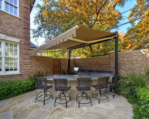 Example Of A Classic Patio Kitchen Design In Dallas
