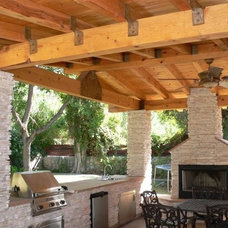 Traditional Patio by Jim Martin Construction