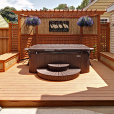 Tropical Patio by Quality Cut Remodelers
