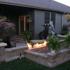 Traditional Patio by ROBERT'S NURSERY LAWN & LANDSCAPING LLC