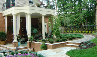 Outdoor Living Spaces & Pavilions