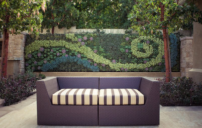 Rise Up: 15 Vertical Gardens With a Creative Edge