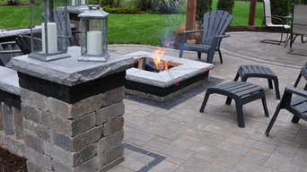 Outdoor Living with Fire pit & Pergola