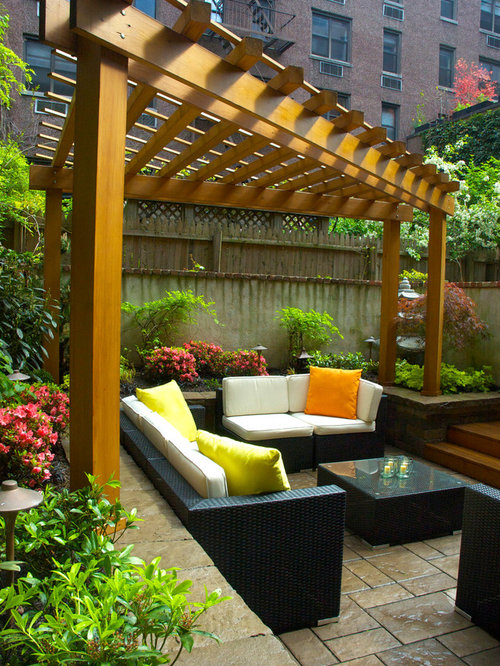 how to build a triangle shaped pergola