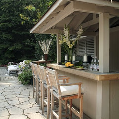 traditional patio by Jacqueline Glass and Associates