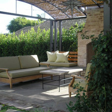 Traditional Patio by Kim Woods