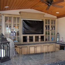 Traditional Kitchen by Full Circle Design & Remodeling