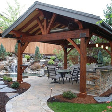 Traditional Patio by Custom Fire Art, LLC
