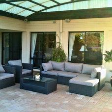 Modern Patio Outdoor setting