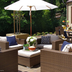 contemporary patio by Lisa Benbow - Garnish Designs