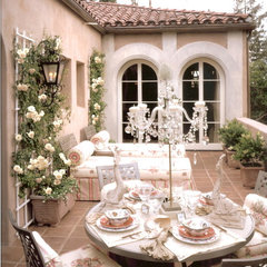 traditional patio by Joani Stewart-Georgi - Montana Ave. Interiors
