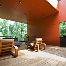 Modern Patio by Cablik Enterprises