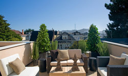 Pacific Heights Home Upstairs Patio