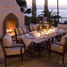 Mediterranean Patio by Marengo Morton Architects