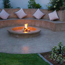 Contemporary Patio by The Friendly Plant