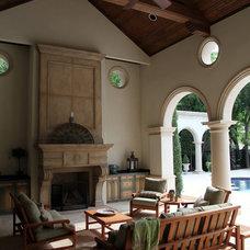 Mediterranean Patio by L. Lumpkins Architect, Inc.