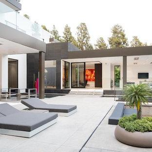 Modelo de patio moderno extra grande