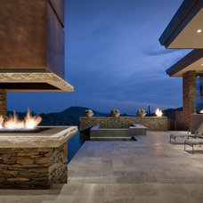 Contemporary Patio by Tate Studio Architects