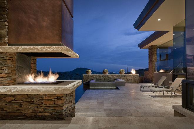 Southwestern Patio by Tate Studio Architects