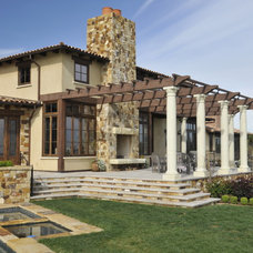 Mediterranean Patio by Patrick Everett, Architect