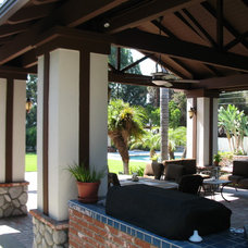 Traditional Patio by Finesse, Inc.