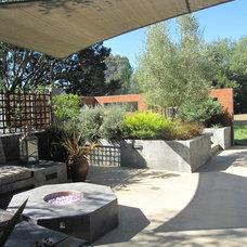 Patio by Kathleen Shaeffer Design, Exterior Spaces