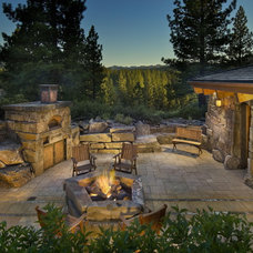 Traditional Patio by Ward-Young Architecture & Planning - Truckee, CA