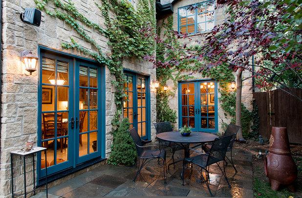 Classique Terrasse et Patio by Diamond Homes, Inc.