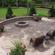 Traditional Patio by Green Side Up Landscaping Inc