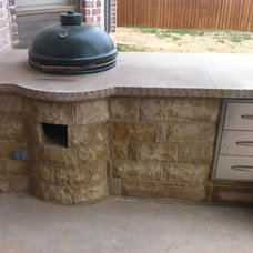Traditional Patio by Kenneth Graham Construction