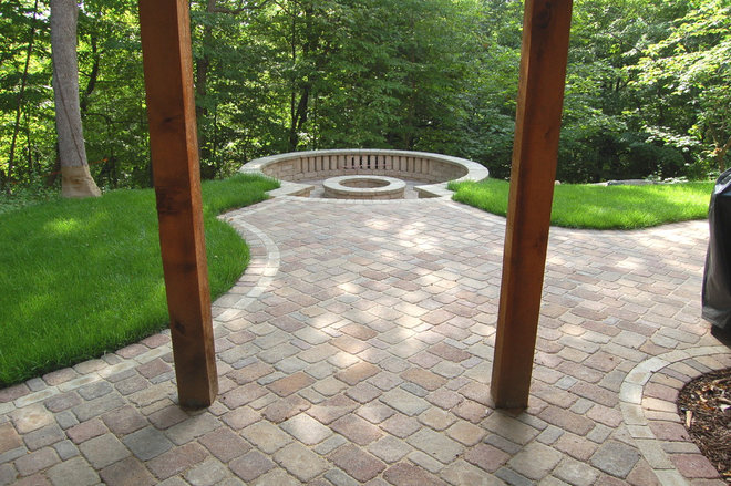 Traditional Patio by Daryl Melquist @ Bachmans Landscape Design