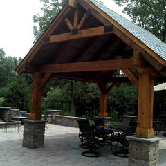 traditional patio by Midwest Construction Company of Barrington Inc