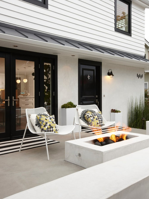 Tremendous Black And White Exterior Ideas Pictures Remodel And Decor Largest Home Design Picture Inspirations Pitcheantrous