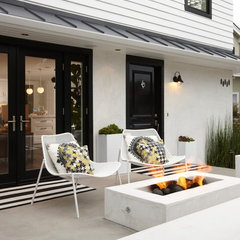 contemporary patio by Eric Aust Architect