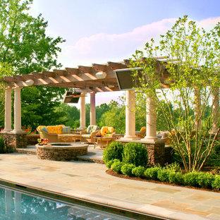 Inspiration pour une terrasse traditionnelle.
