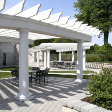Traditional Patio by Mark Eric Benner - Architects, Ltd.