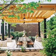 Traditional  by Poynter Landscape Architecture & Construction