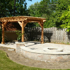 Traditional Patio by Barnett Construction