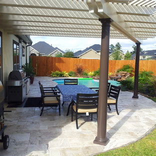 Inspiration for a timeless patio remodel in Houston