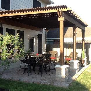 Elegant patio photo in Houston