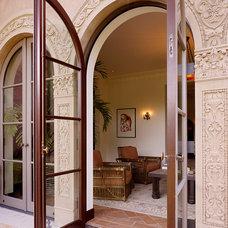 Mediterranean Patio by Charlie Barnett Associates