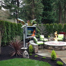 Traditional Patio by Green Valley Landscape L/M
